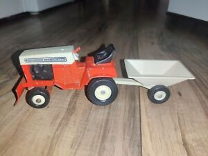 Vintage Allis Chalmers Diecast Tractor And Pull Cart Toy