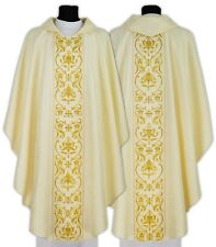 Cream Gothic style chasuble with matching stole 674-K25 us