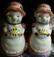 Vintage ceramic TWO LADY PIGS IN DRESSES SALT AND PEPPER SHAKERS SET, 1991