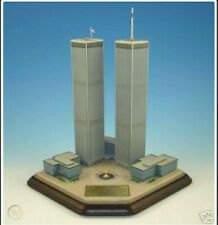 New ListingDanbury Mint - Twin Towers 2001 Commemorative World Trade Center 9 / 11