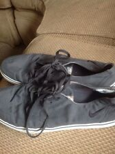 Nike Braata LR. Lightly Worn! Size US 12, EUR 46! Great Charcoal Gray Shoes!