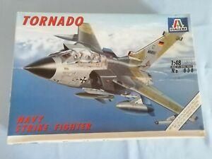 1/48 Italeri 838 Tornado Marine armato con missili antinave kormoran