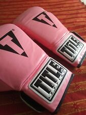 TITLE BOXING GLOVES