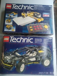Lot Légo TECHNIC 8080 et 8880, pour pièces, avec notices, en état.