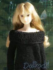 sweater available for momoko,pullip, royalty, poppy parker, blythe,bjd