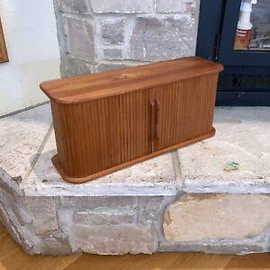 Vintage Eppco Thailand Roll Top Display Wall Mount Shelf Game/Video Storage Case