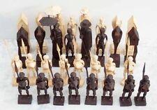 Jeu d'échecs AFRICAIN   / chess set c. 1960