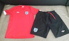 England football kit shirt+shorts  size 158  ,13 -15 years  umbro