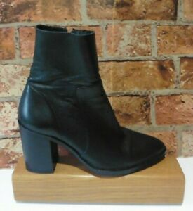 TOPSHOP SOFT BLACK LEATHER ANKLE BOOTS SIZE 6 / 39 SIDE ZIP BLOCK HEEL