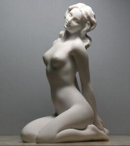 Nackte Frau sexy weibliche erotische Kunst Abbildung Statue Skulptur