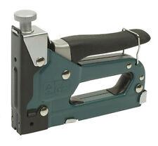 Grapadora Manual de Mano con Estuche Maletin + Grapas Mannesmann M48410