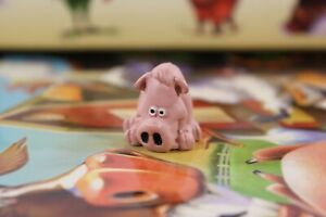 2007 Mattel Snorta! Game Replacement Pig Animal Figure