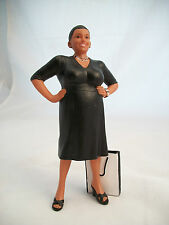 Resin Doll - Ella (standing woman with bag) 3038  1/12 scale Houseworks
