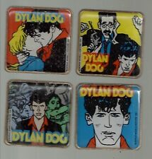 Set di n. 4 spille Gadget Dylan Dog  Auguri Mondadori 1991