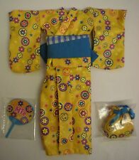 Blythe New 3 pcs x Plastic Outfit & Accessories Kimono Set