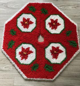 "Christmas Tree Skirt Latch Hooked Rug Octagonal 35""x 37"" Poinsettias Holly"