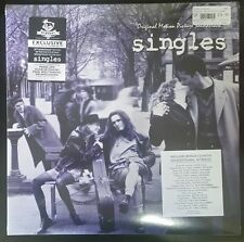 SINGLES SOUNTRACK NEWBURY COMICS EXCLUSIVE WHITE/ BLUE MARBLED VINYL W/ BONUS CD