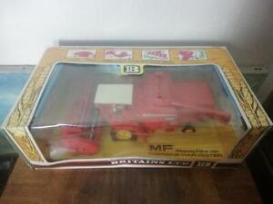 Boxed Britain's 1978 Massey Ferguson Model No 9570 combine harvester Scale 1/32