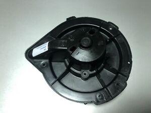 894820021 Audi A80 Heater Fan Blower Motor Cover