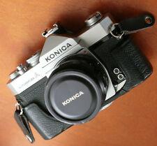 KONICA AutoReflex A 35mm SLR W- HEXANON 52mm f/1.8 LENS, CLEAN, Good Mtere Read!