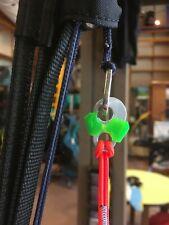 Brummelhaken-Lock, Brummellock,  Farbe: Rot ,  am Lager