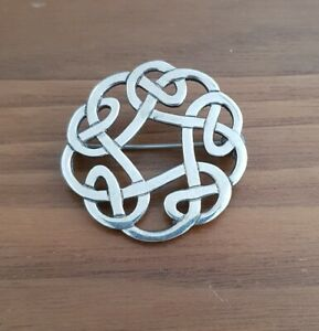 VINTAGE SCOTTISH MALCOLM GRAY ORTAK CELTIC SOLID SILVER KNOTWORK BROOCH