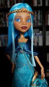 OOAK Monster High Doll Romantic Beauty (Clawdeen Wolf Repaint)