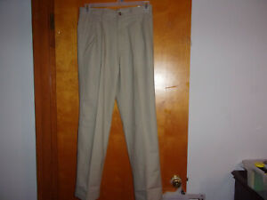 NEW MEN'S GEORGE CLASSIC FIT  PLEATED KHAKI  BARLEY COLORED (TROUSERS) PANTS..