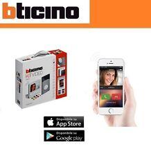 Bticino 363911 Kit con Videocitofono Classe 300 X13E e Linea 3000 Badge, Bianco