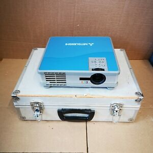 Mitsubishi ColorView XL4U LCD Projector Portable Presentation Multimedia