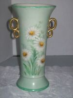 VINTAGE CZECH PORCELAIN GREEN VASE WITH DAISIES & GOLD EARS SIGNED H.M.CAVANCH
