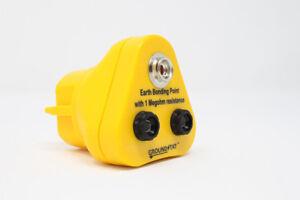 Anti Static ESD Grounding / Bonding Plug 2 x 4 mm Banana & 1 x 10 Stud-UK Plug