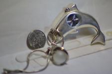 Dolphin Quartz movement caliber Eta 802 104 Elegant souvenir watch