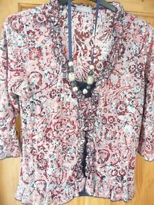 Beautiful PER UNA Navy Mix Dressy TOP / BLOUSE with Necklace  Size 18