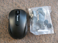 Microsoft Mobile 4000 1383 Wireless BlueTrack Mouse only & new Hp Earbud