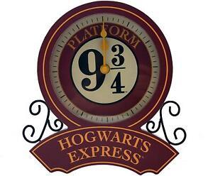 Harry Potter Hogwarts Express Platform 9 3/4 Desk Clock