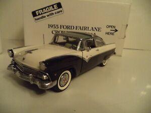 DANBURY MINT  FORD FAIRLANE CROWN VICTORIA     1955    IN  BOX.