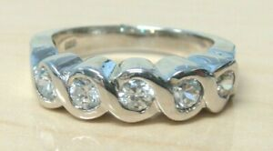 925 Sterling Silver Simulated Diamond Wedding Band Ring Size 7