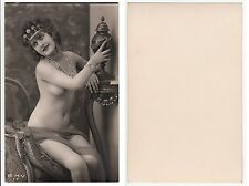 Femme nue avec amphore ART DECO GIRL FEMALE NUDE W. chain, RPPC PHOTO c.1920