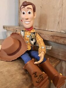❤️ FAB DISNEY TOY STORY TALKING PULL STRING COWBOY WOODY DOLL ~ WITH HAT  ❤️