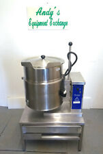 Welbilt/ Cleveland Tilting Kettle 12 Gal, Ket-12T 480V with Stand St-28 and Lid