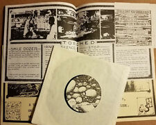 """Generic """"Torched"""" 45 RPM 7"""" EP Flat Earth (FE-004) Inserts 1989 - Punk"""
