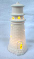 Leuchtturm mit LED Licht aus Porzellan 17 cm weiss