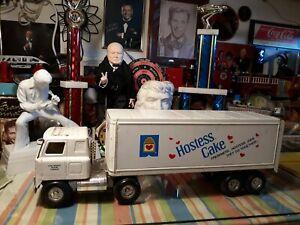 Ertl Hostess Cake Semi Tractor Trailer Pressed Steel