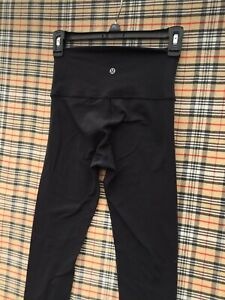 Lululemon wunder under leggings pants sz 4 Black