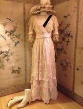 Beautiful Antique Edwardian Faded grandeur dentelle, soie rose, Velvet Dress Robe