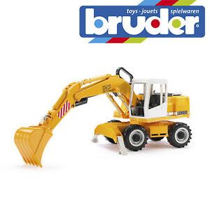 Bruder Liebherr Excavator Construction Digger Toy Kids Children Model Scale 1:16