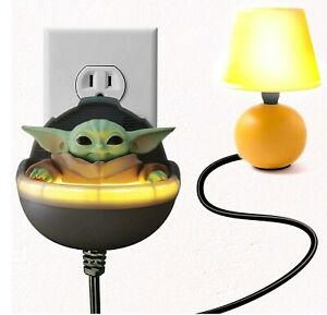 Star Wars The Mandalorian Baby Yoda Talking Clapper with Night Light New Sale