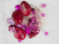 JOB LOT ASSORTMENT OF PINK MIXED BEADS VARIOUS SIZES JEWELLERY MAKING