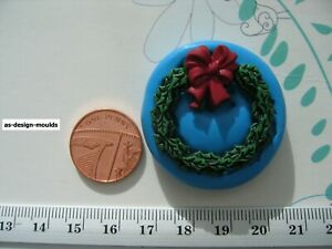 Christmas Wreath Traditional #1  Silicone Mould/Mold SugarCraft, Cupcake Toppers